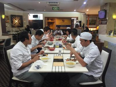 Package: Cert. III in Commercial Cookery + Cert. IV in Commercial Cookery + Dipl. of Hospitality Management